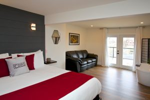 Accommodation in Wellington Ontario Suite 8