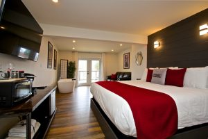Accommodation in Wellington Ontario Suite 9