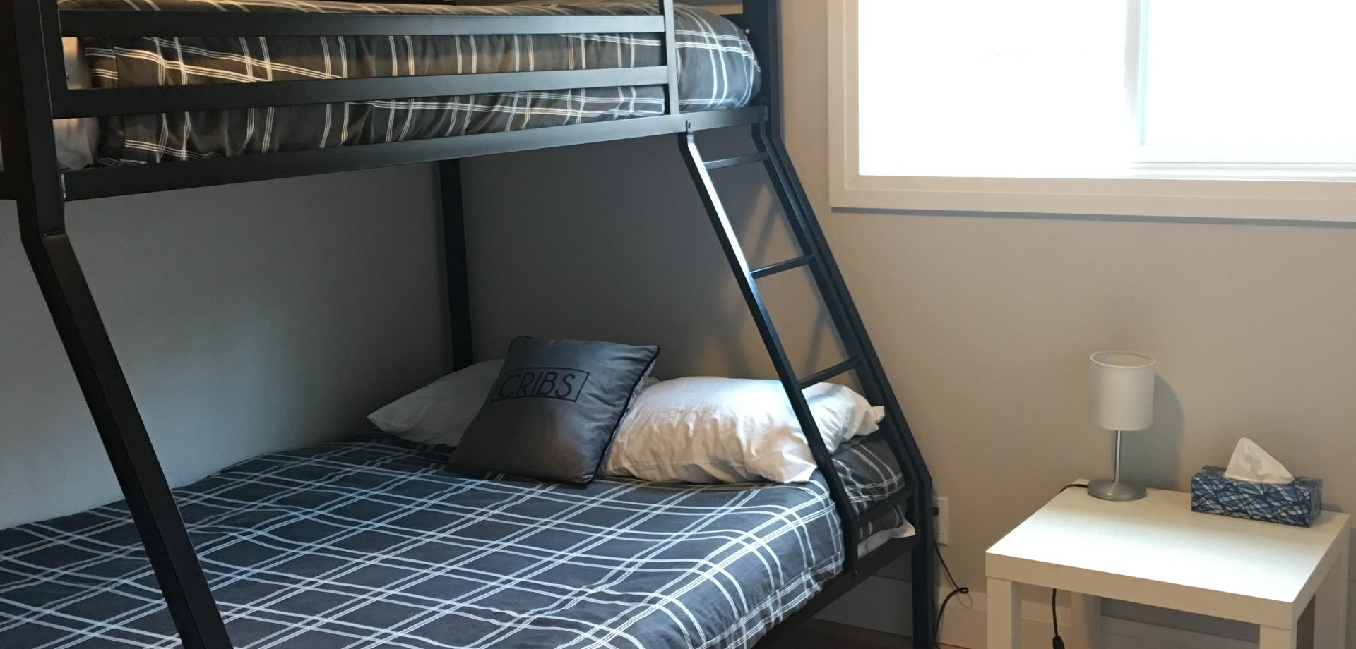 Second bedroom with bunkbeds